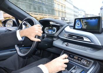 Comparatif des équipements automobiles