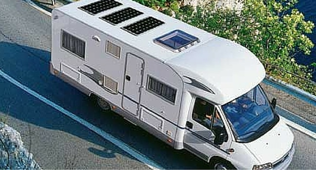 quel panneau solaire choisir pour alimenter son camping. Black Bedroom Furniture Sets. Home Design Ideas